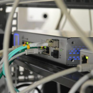 serial connection db-9 gnu/linux FreeBSD sysadmin