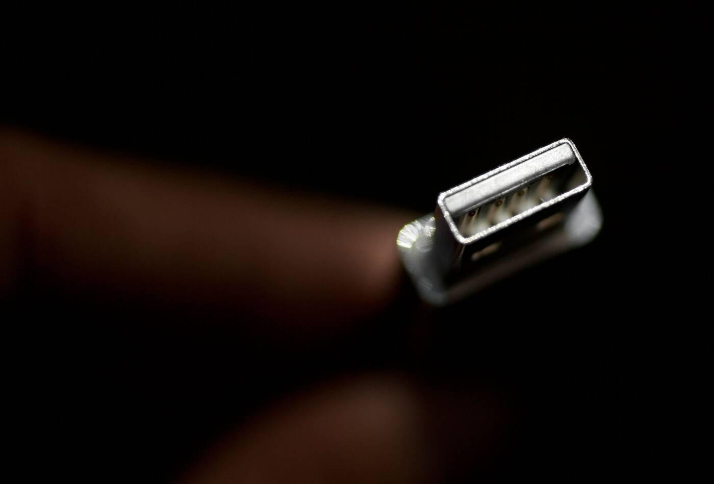 thumb drive gnu/linux